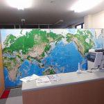 世界地図のポスター紙、複合板のり付け貼り込み