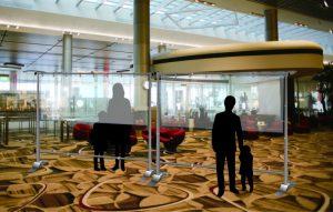 飛沫防止ビニールカーテン設置例